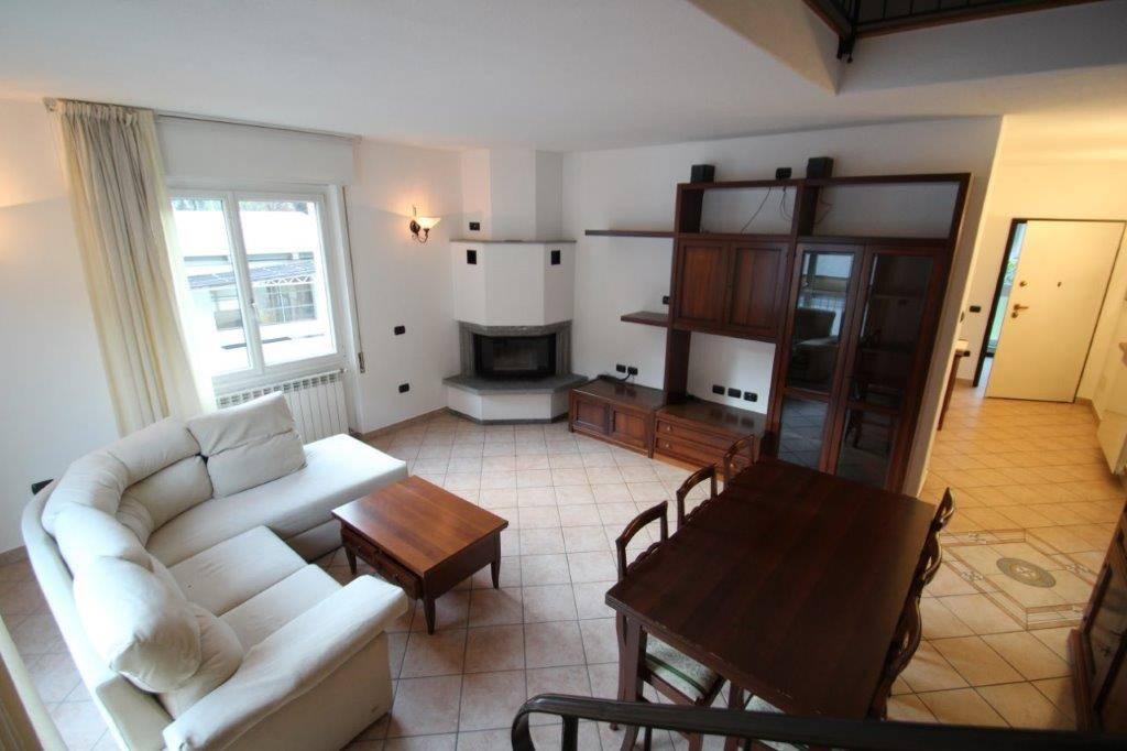 Appartamento in vendita a Piuro, 4 locali, zona Località: PROSTO, prezzo € 240.000 | CambioCasa.it