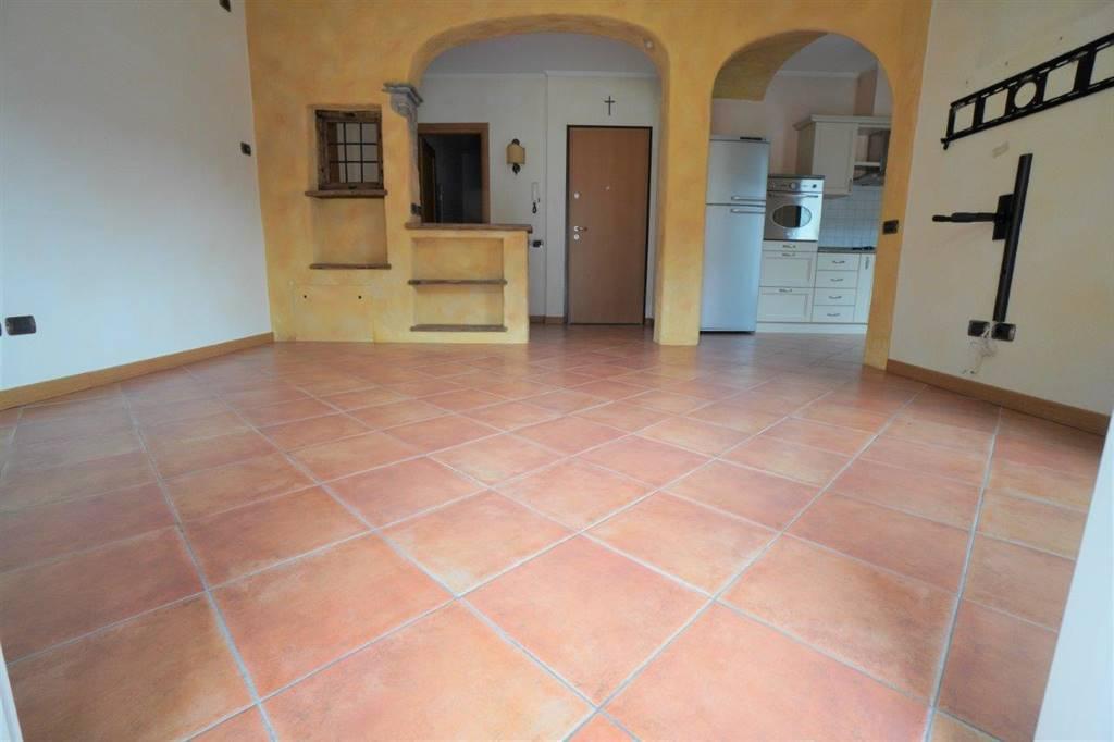 Appartamento in vendita a Chiavenna, 3 locali, prezzo € 148.000 | CambioCasa.it