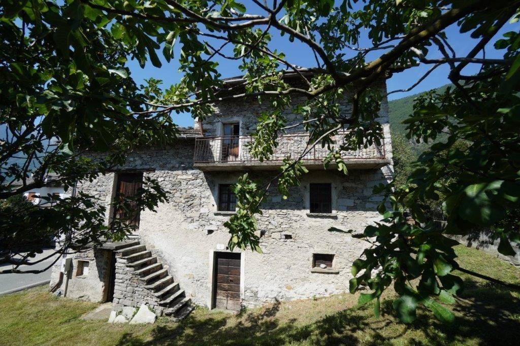Rustico / Casale in vendita a Prata Camportaccio, 5 locali, prezzo € 120.000 | PortaleAgenzieImmobiliari.it