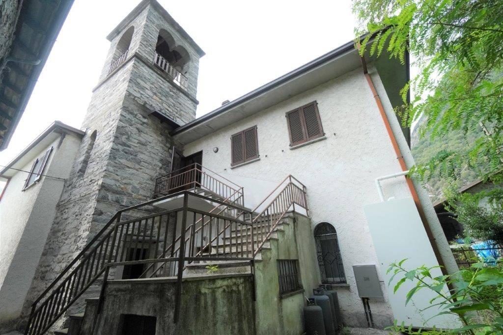 Appartamento in vendita a Samolaco, 3 locali, zona Località: SOMAGGIA, prezzo € 80.000 | PortaleAgenzieImmobiliari.it