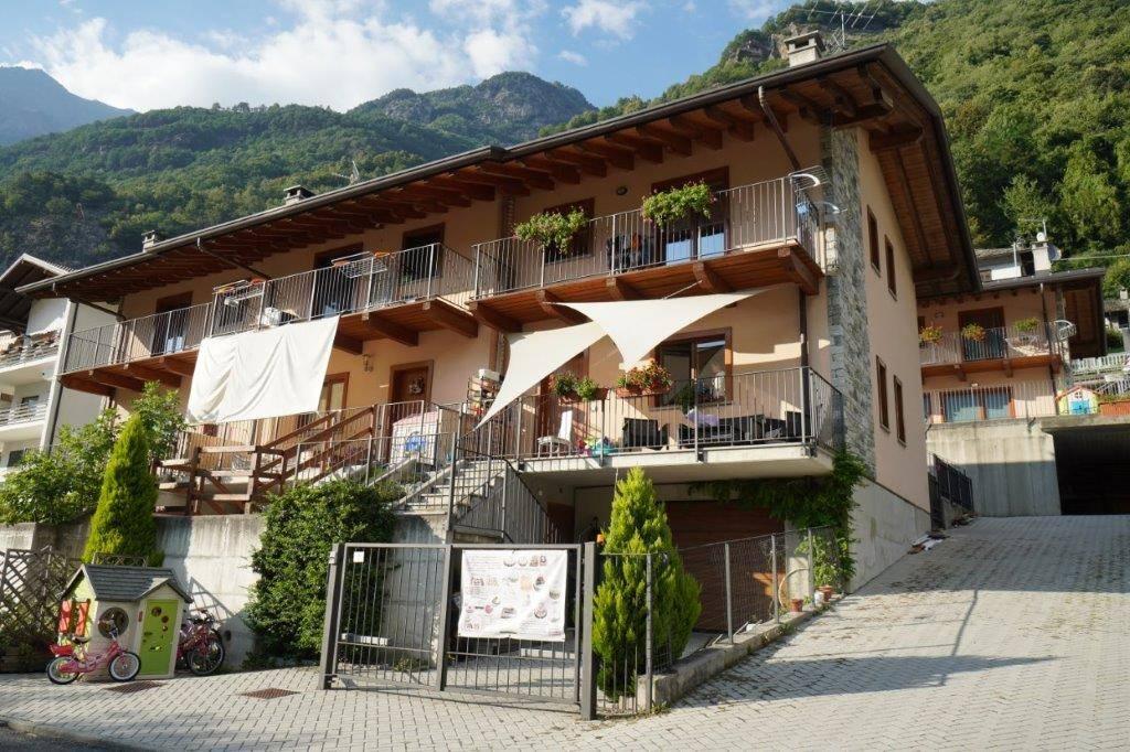 Villa a Schiera in vendita a Piuro, 3 locali, prezzo € 265.000 | CambioCasa.it
