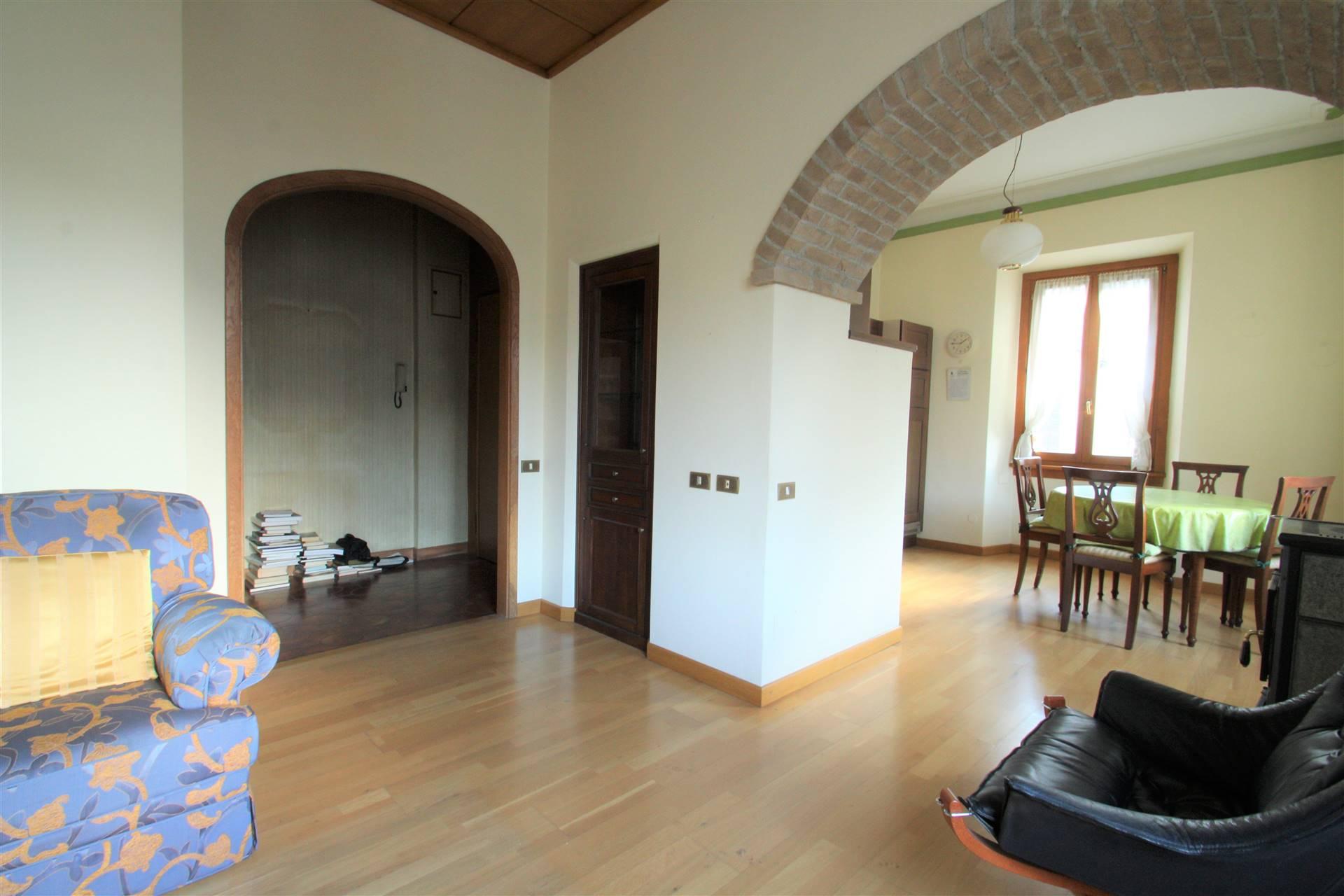 Appartamento in vendita a Chiavenna, 4 locali, prezzo € 270.000 | PortaleAgenzieImmobiliari.it