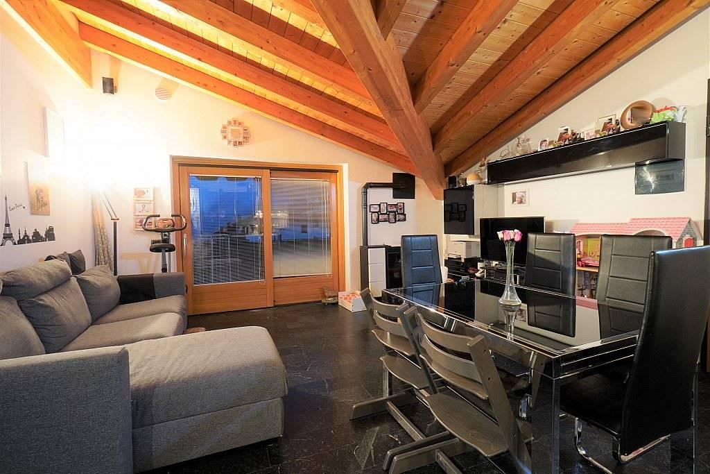 Appartamento in vendita a Chiavenna, 3 locali, zona e, prezzo € 198.000 | PortaleAgenzieImmobiliari.it