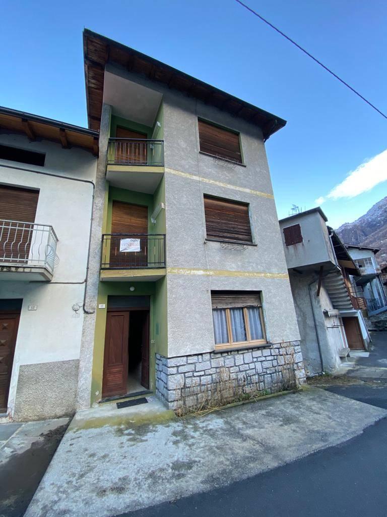 Soluzione Semindipendente in vendita a Verceia, 6 locali, prezzo € 95.000 | PortaleAgenzieImmobiliari.it