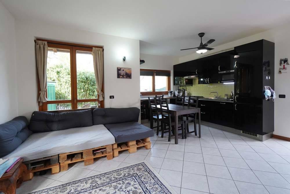 Villa in vendita a Gordona, 4 locali, prezzo € 230.000 | PortaleAgenzieImmobiliari.it