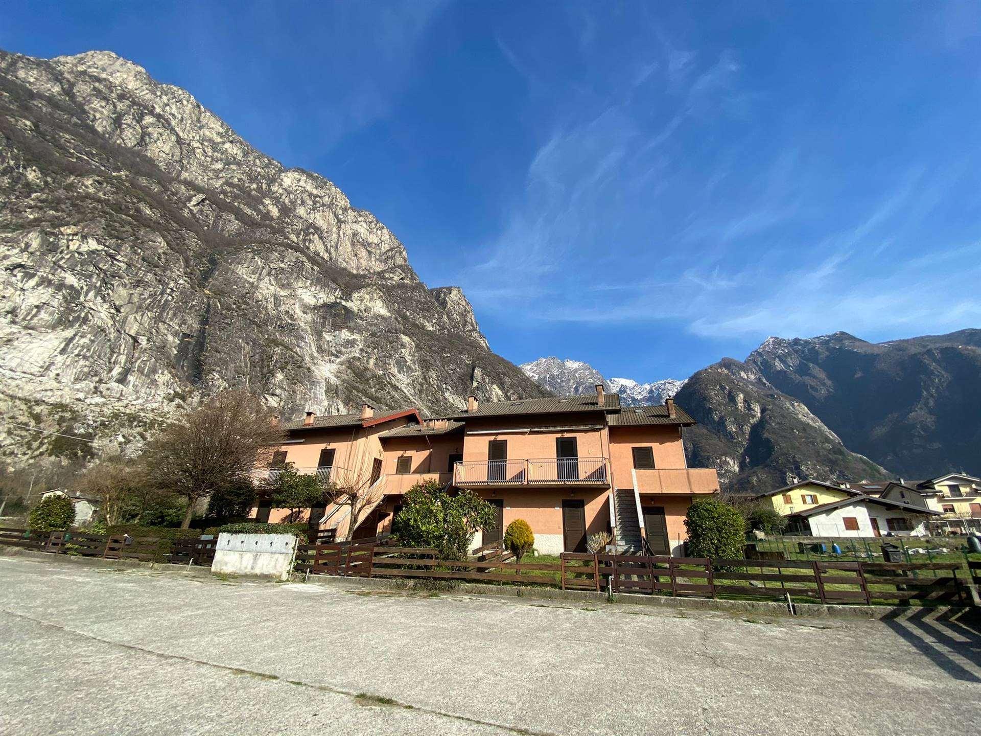 Appartamento in vendita a Novate Mezzola, 4 locali, prezzo € 140.000 | PortaleAgenzieImmobiliari.it