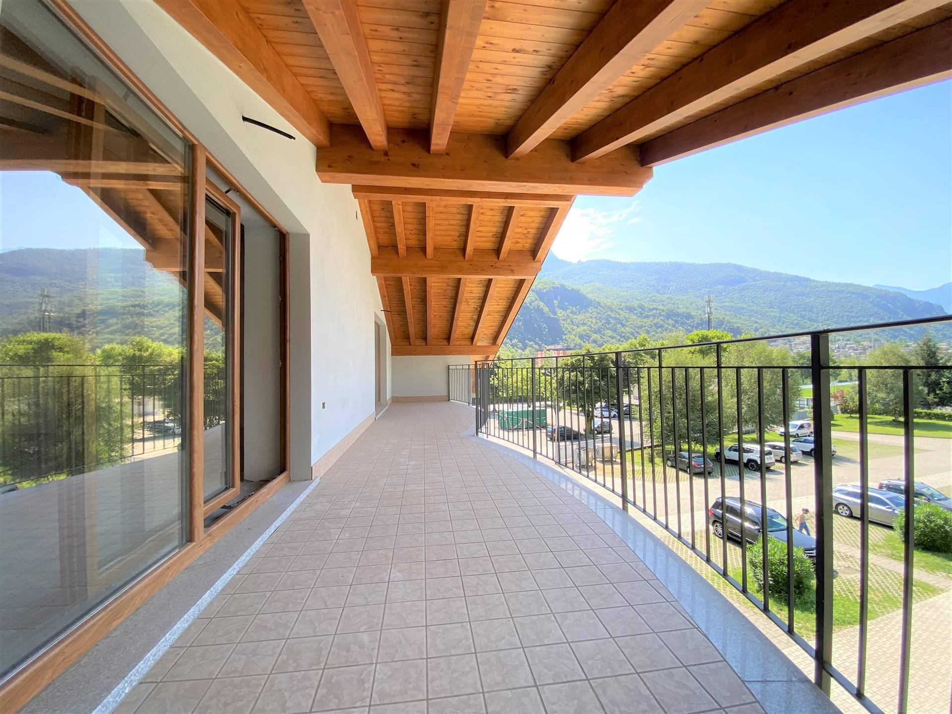 Appartamento in vendita a Chiavenna, 5 locali, prezzo € 380.000   PortaleAgenzieImmobiliari.it