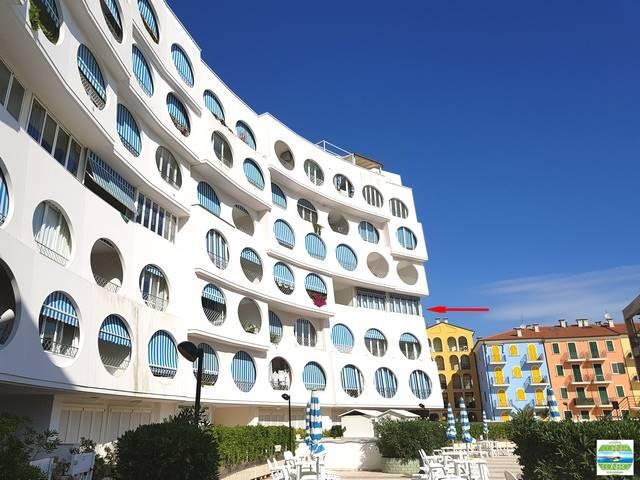 Appartamento in Viale Scarfiotti, Quartiere Nord - Scossicci, Porto Recanati