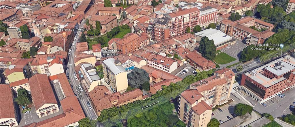 Locale commerciale, P.zza Borgo, Piacenza