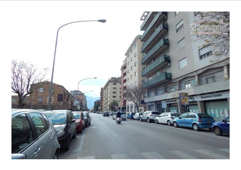 Trilocale in Via Imperatore Federico, Palermo