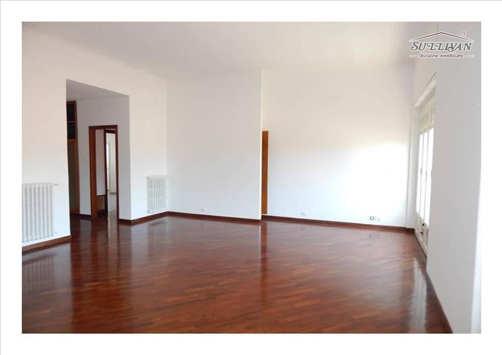 Appartamento in Via Gaetano Daita  16, Politeama, Palermo