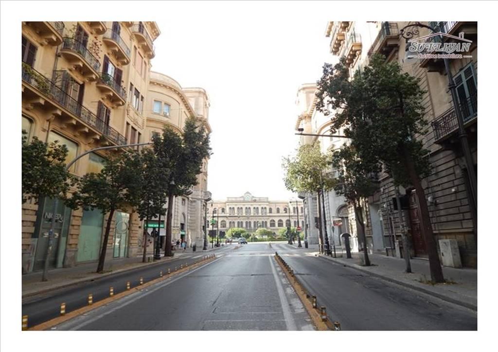 Monolocale in Via Parrocchia Dei Tartari 16, Centro Storico, Palermo