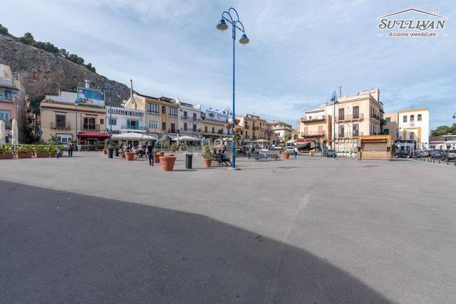Monolocale in Via Terza Compagnia, Mondello, Palermo
