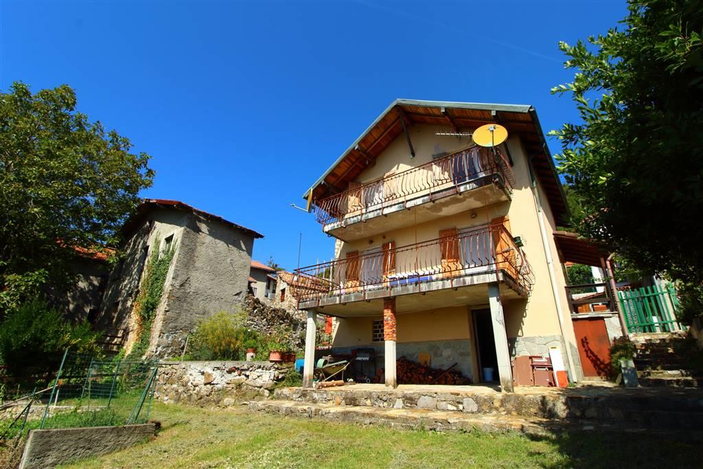 Casa singola, Valbrevenna, da ristrutturare
