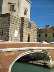 Magazzino, Livorno
