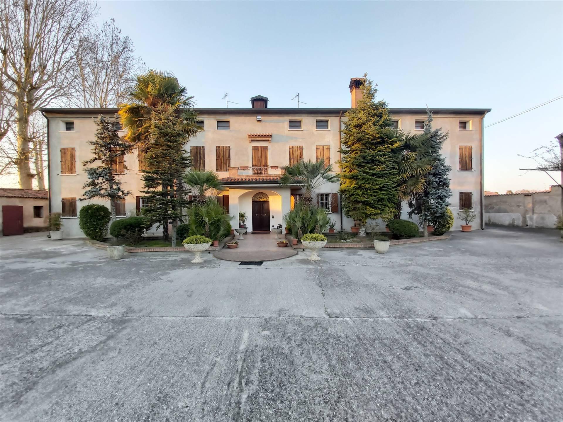 PalazzoaCASTAGNARO
