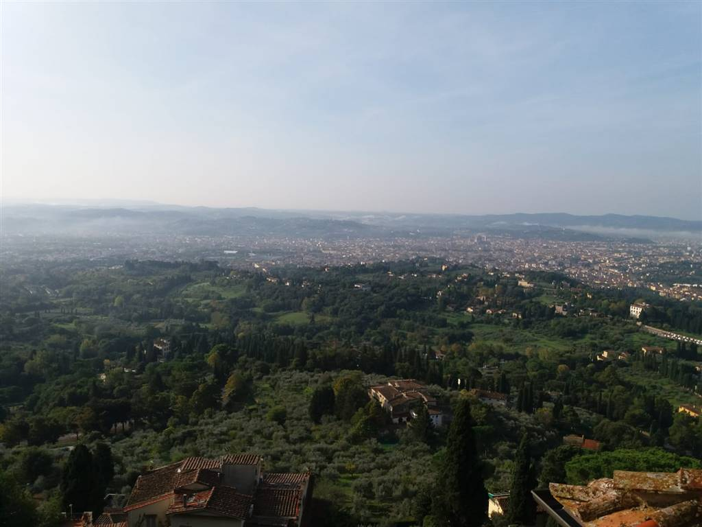 FIESOLE, Apartment for rent of 40 Sq. mt., Good condition, Heating Individual heating system, Energetic class: G, placed at 1°, composed by: 2 Rooms,