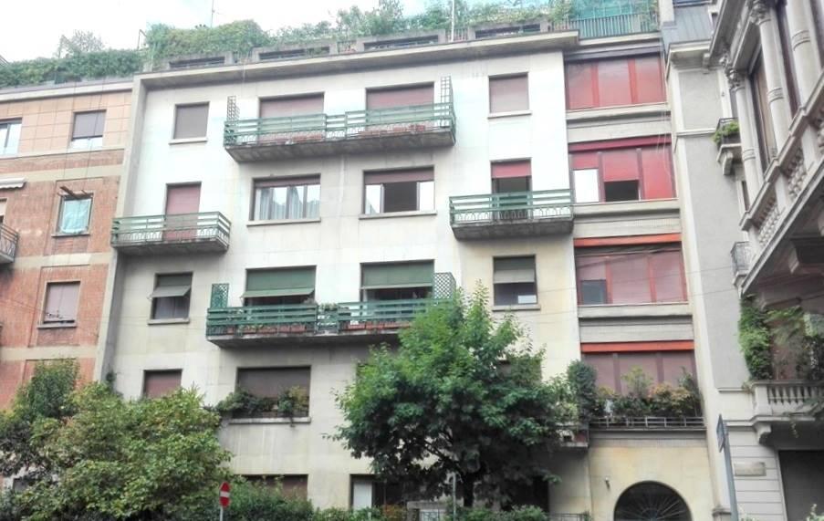 SAN VITTORE, MILANO, Appartamento in affitto di 120 Mq, Ristrutturato, Riscaldamento Centralizzato, Classe energetica: G, Epi: 184,32 kwh/m2 anno,