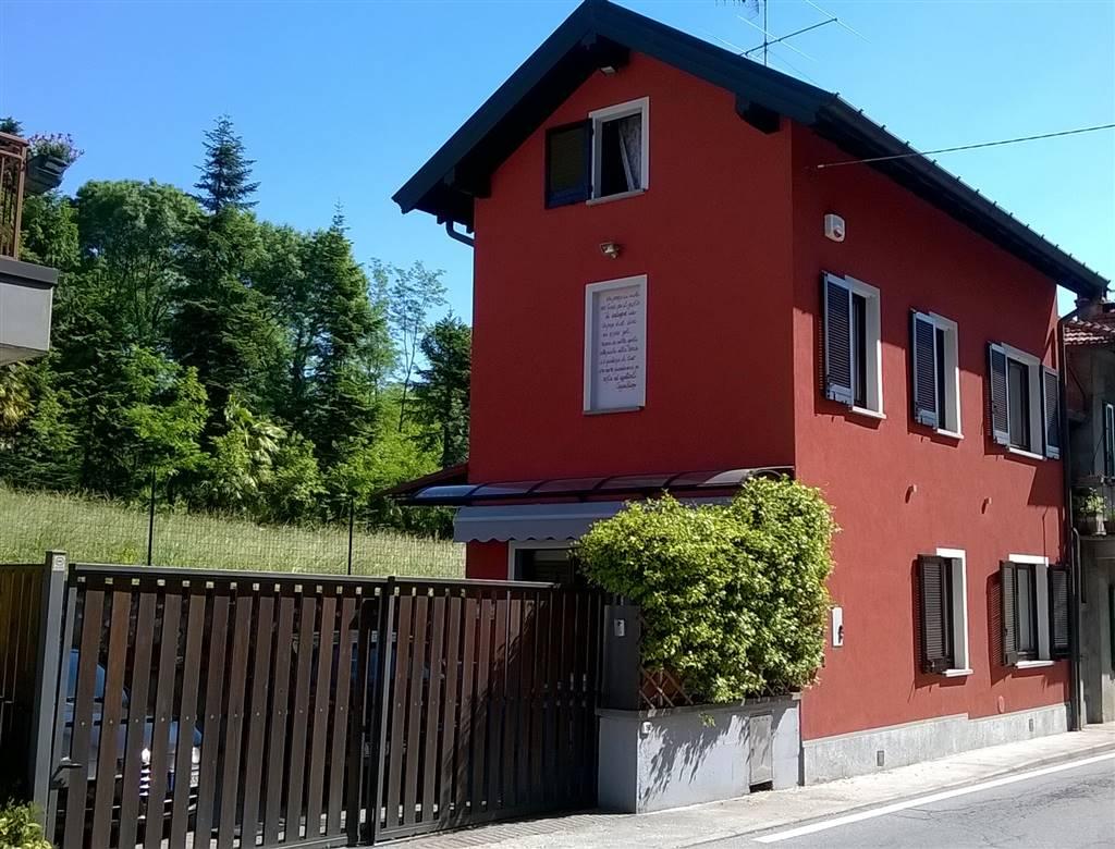 Casa semi indipendente in Via Mazzini 17, Monvalle