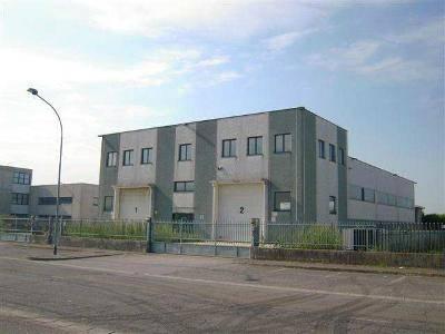 Capannone in vendita a Arcene, 9999 locali, prezzo € 957.000 | PortaleAgenzieImmobiliari.it