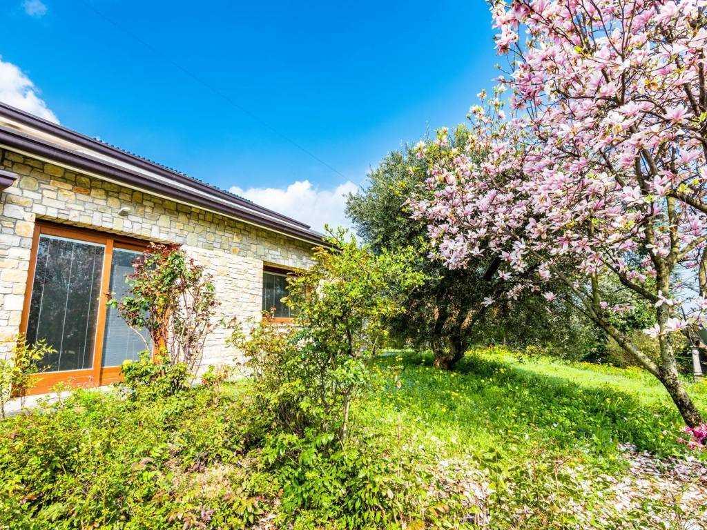 Villa in vendita a Zanica, 6 locali, prezzo € 670.000 | PortaleAgenzieImmobiliari.it