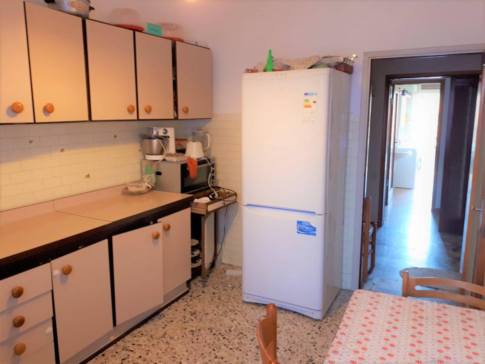Appartamento in vendita a Dalmine, 3 locali, prezzo € 99.000   CambioCasa.it