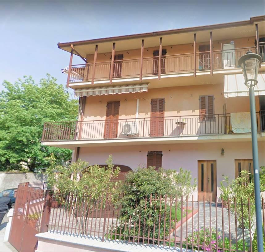 Villa Bifamiliare in vendita a Verdello, 9 locali, prezzo € 200.000 | PortaleAgenzieImmobiliari.it