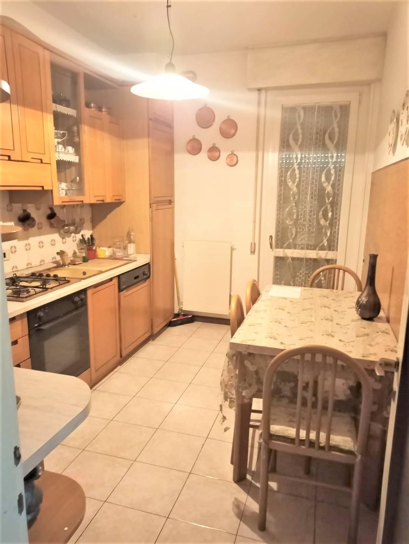 Appartamento in vendita a Mozzo, 3 locali, prezzo € 130.000 | CambioCasa.it