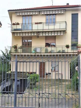 Appartamento in vendita a Curno, 3 locali, prezzo € 99.000 | CambioCasa.it