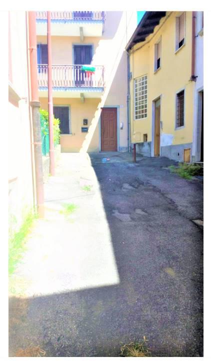 Appartamento in vendita a Villa d'Almè, 7 locali, prezzo € 100.000 | PortaleAgenzieImmobiliari.it
