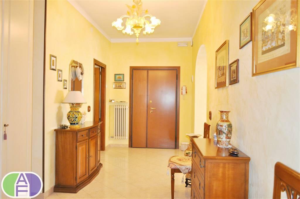 Appartamento in Via Carducci 10, Mira