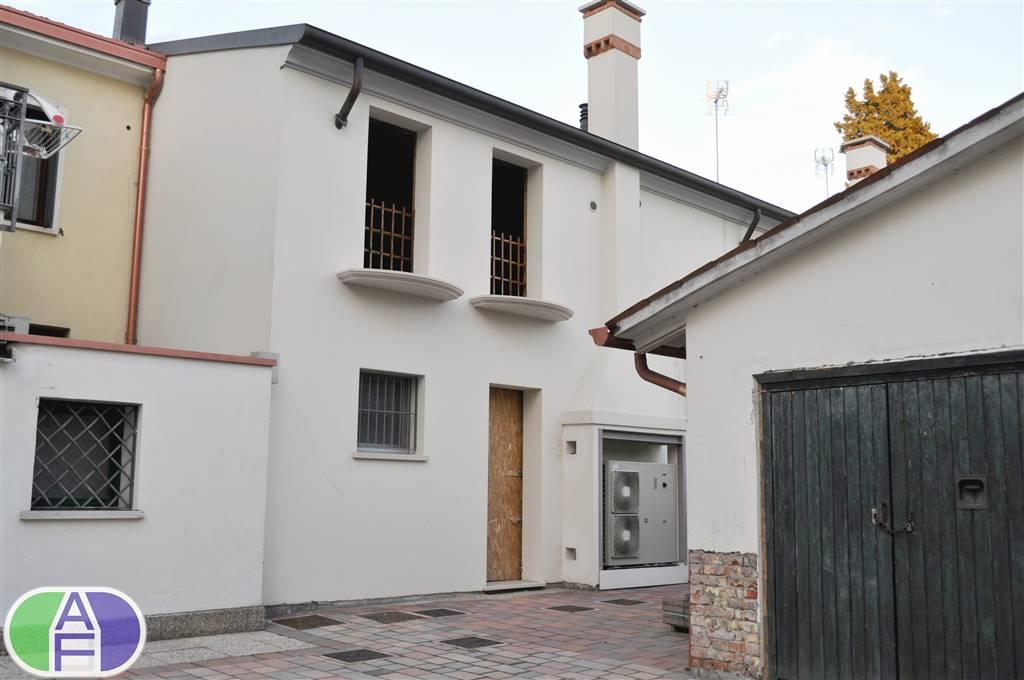 Appartamento in Via Roma 11, Salzano