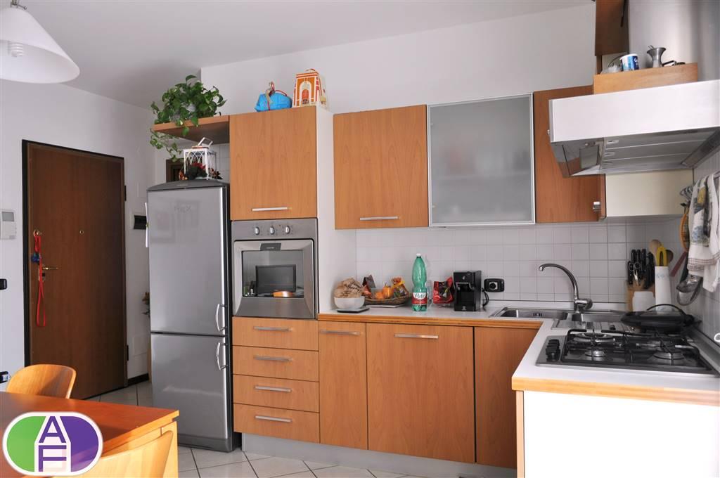 Appartamento indipendente in Via Assisi 10, Salzano