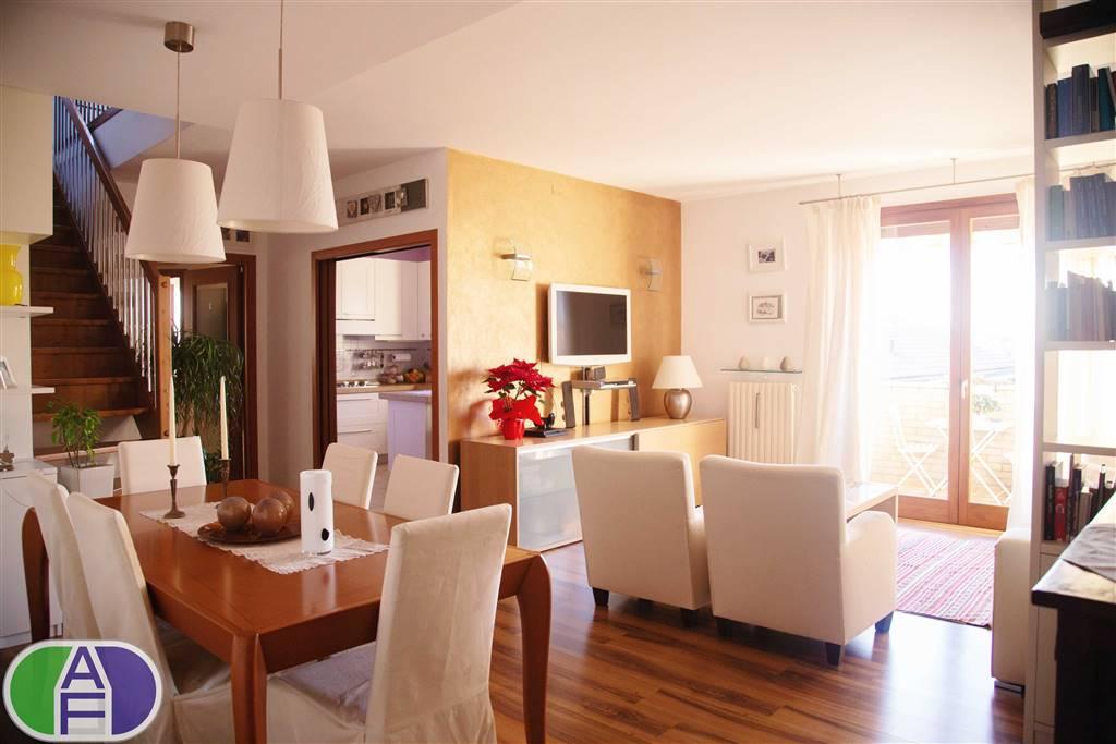 Appartamento in Via Napoli  5, Camponogara