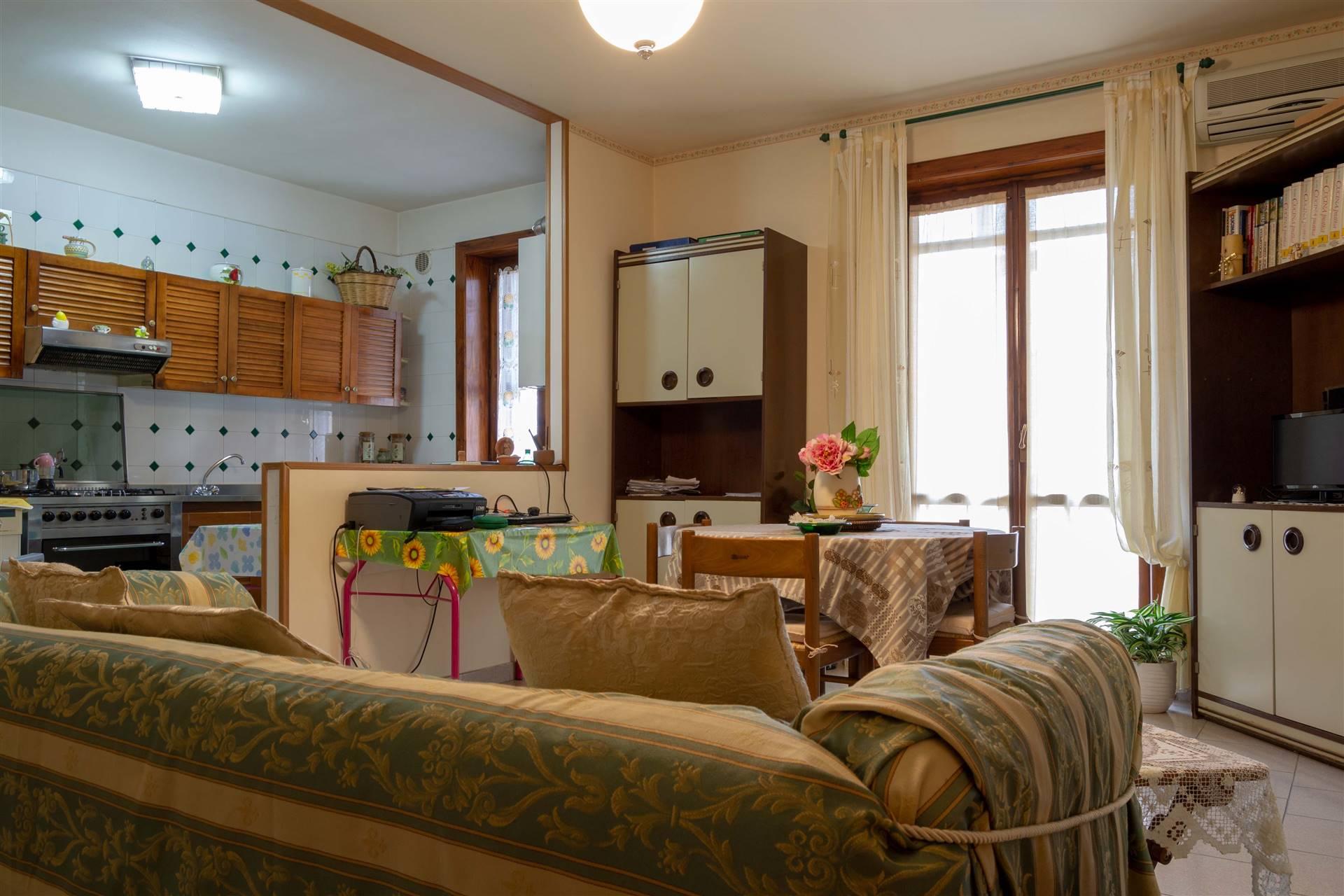Appartamento in vendita a Mercogliano, 3 locali, prezzo € 75.000 | CambioCasa.it