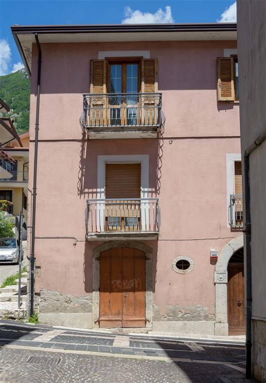 Laboratorio in vendita a Mercogliano, 2 locali, prezzo € 25.000 | CambioCasa.it