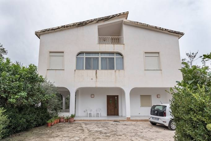 GIUMMARI, CARINI, Villa for sale of 200 Sq. mt., Good condition, Heating Individual heating system, Energetic class: G, Epi: 158 kwh/m2 year, placed
