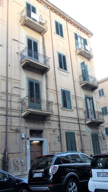 Quadrilocale in Via Francesco Paolo Perez 62, Palermo