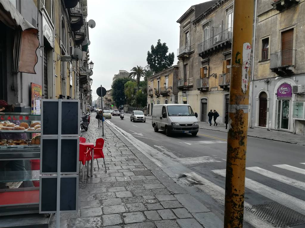 Bilocale in Via Monserrato, Borgo, Catania
