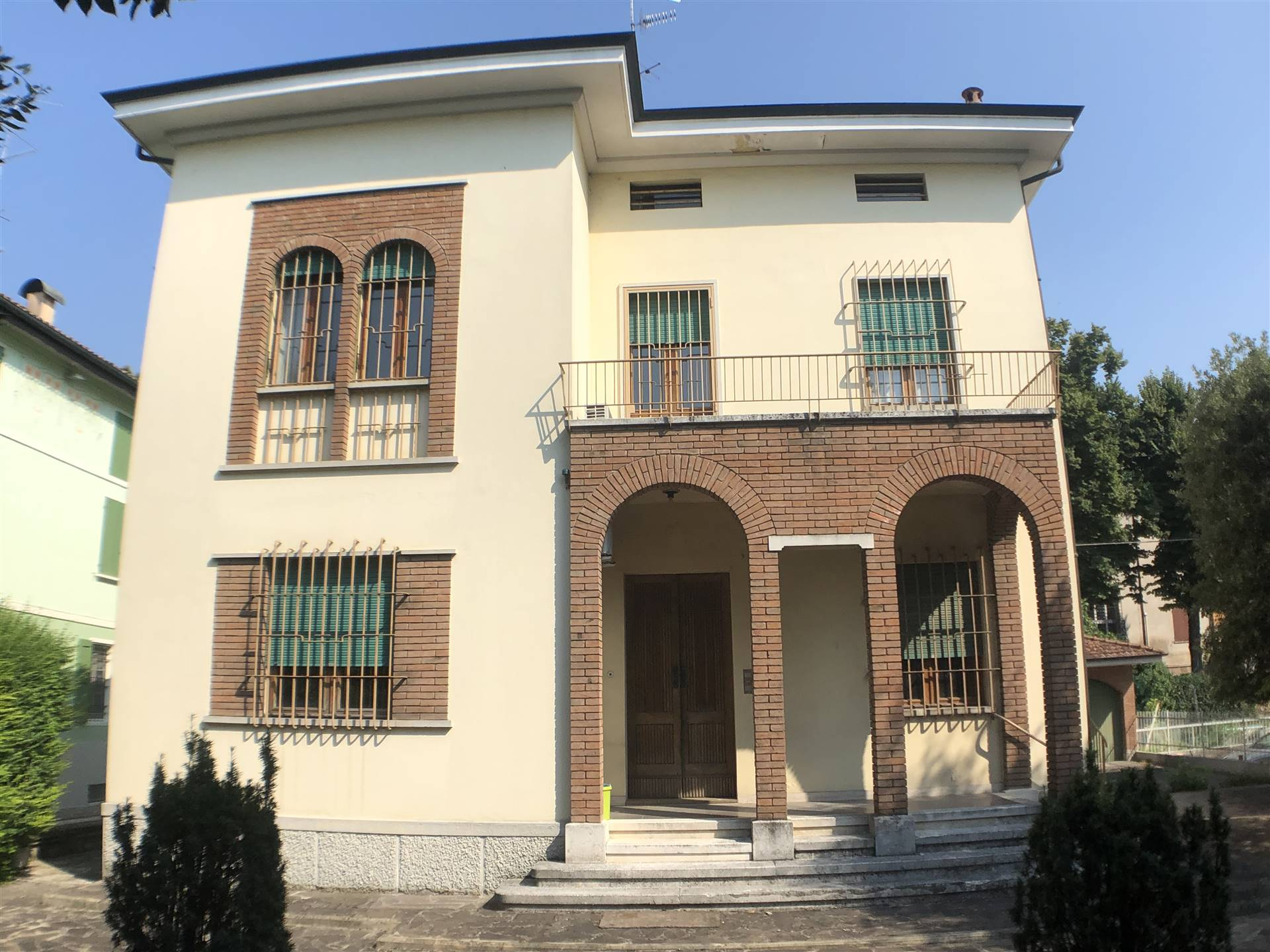 Vai alla scheda: Casa indipendente Vendita - Correggio (RE) - Codice -3141