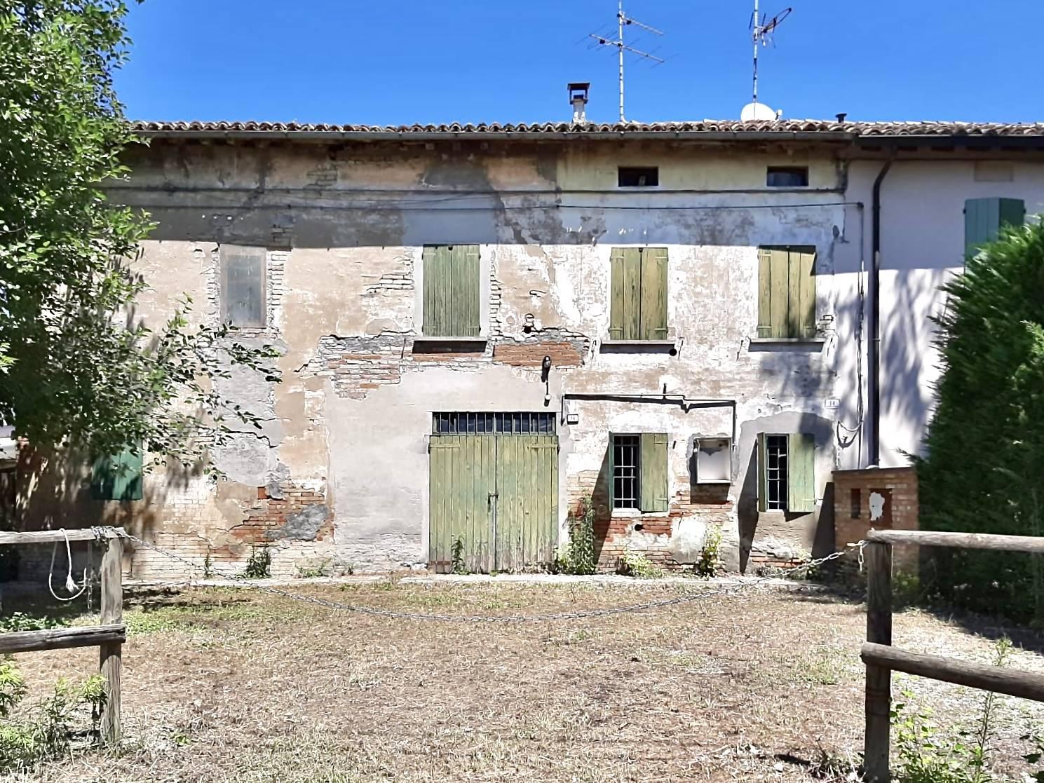 Vai alla scheda: Villa singola Vendita - Correggio (RE) - Codice -3259