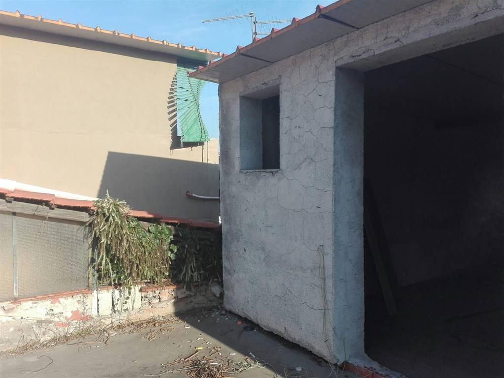 Casa singola in Via Chiomata, Cibali, Catania