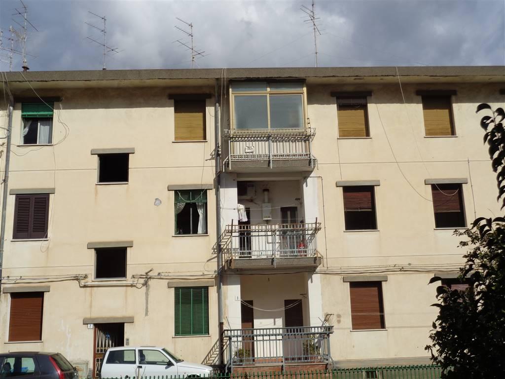 Quadrilocale in Via Largo Paolo Amico, Acireale