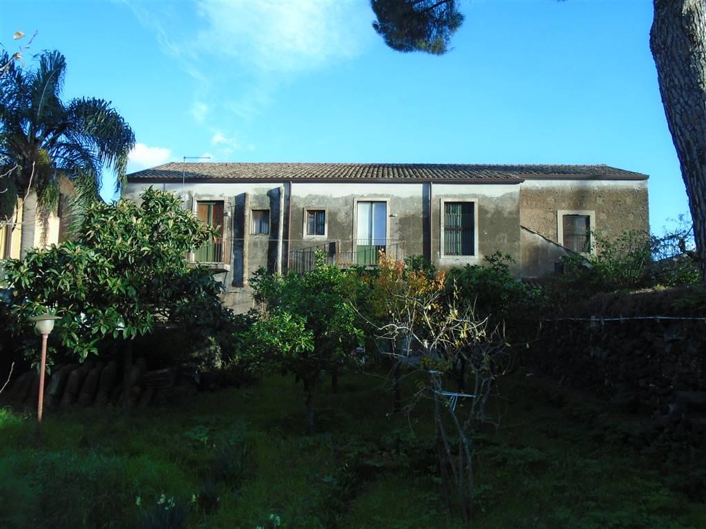 Villa in Via Roma, San Giovanni La Punta