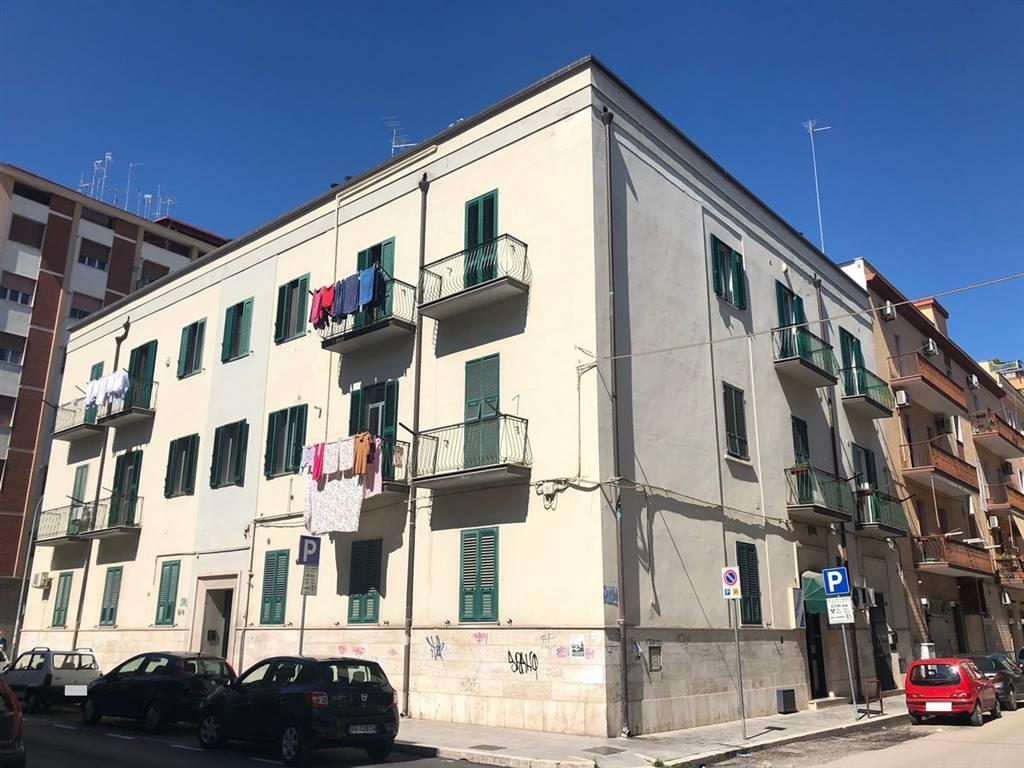 Trilocale in Via Luigi Zuppetta 118, Centro, Foggia