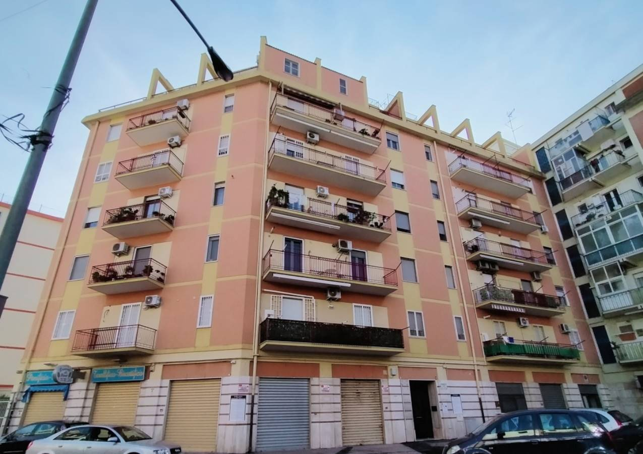 Appartamento in vendita a Foggia, 5 locali, zona centro, prezzo € 129.000 | PortaleAgenzieImmobiliari.it