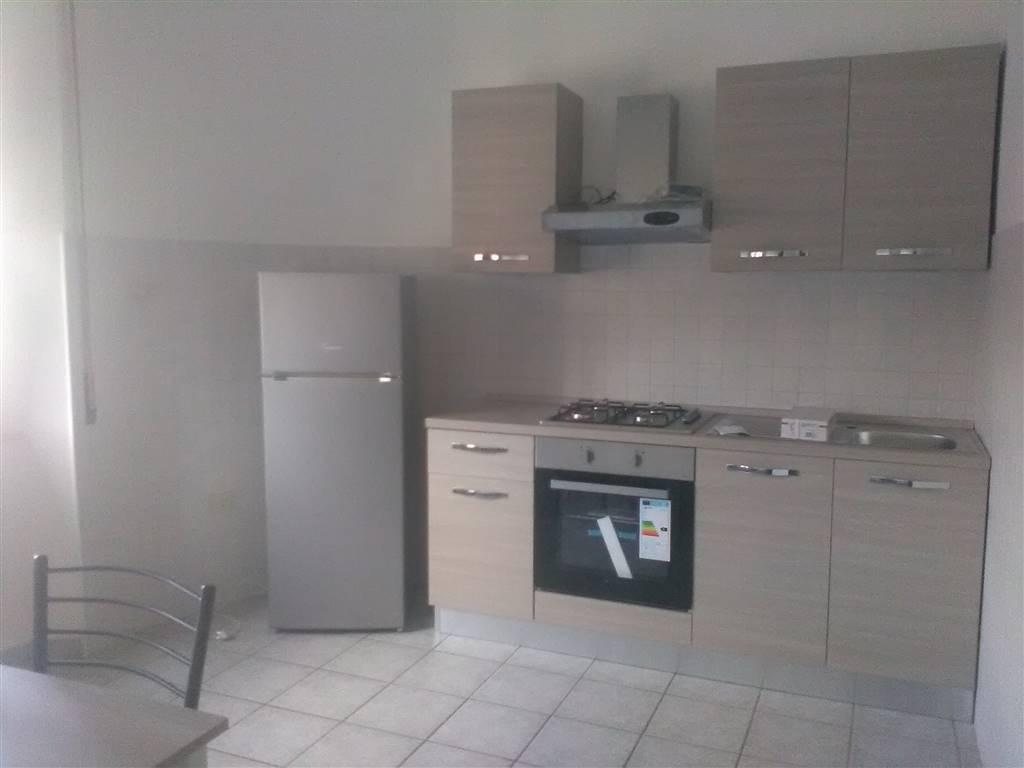 Appartamento in affitto a Orte, 3 locali, zona Zona: Orte Scalo, prezzo € 450 | CambioCasa.it