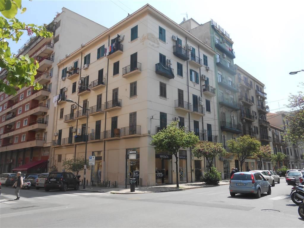 Appartamento in Via Sciuti 15, Notarbartolo, Palermo