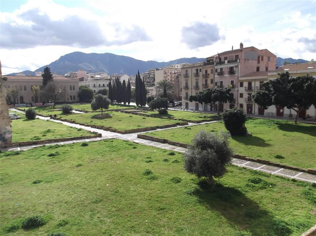 Quadrilocale in Piazza Magione 40, Palermo