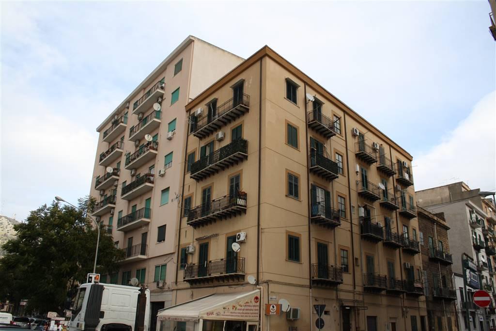 Quadrilocale in Via Alaimo Da Lentini 4, Palermo